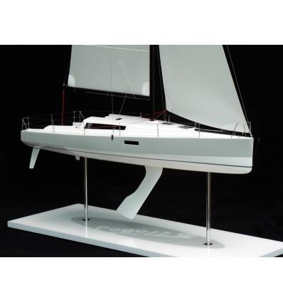 Pogo 12.50 Model built by Abordage