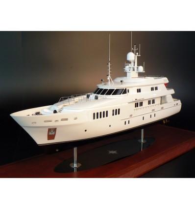 Royal Denship 138 boat model by Abordage