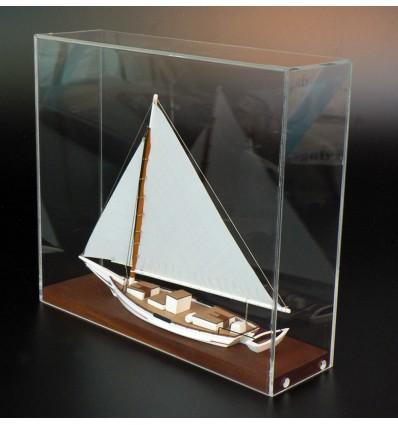 MN-18 Skipjack desk model by Abordage