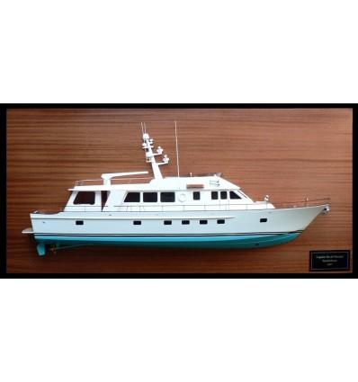 Hunt 89 Motor Yacht Half Model