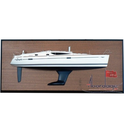 Jeanneau 42 DS Half Model with deck details