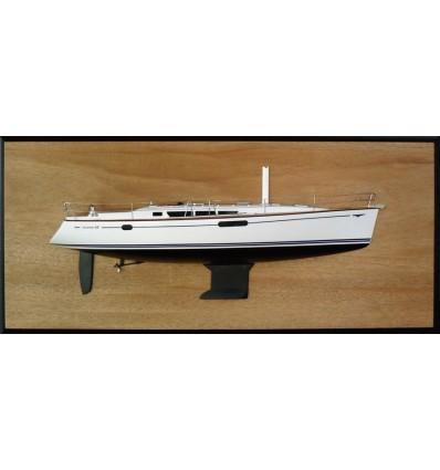 Jeanneau 44i Half Model with deck details