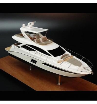 Sea Ray 590 Flybridge desk model