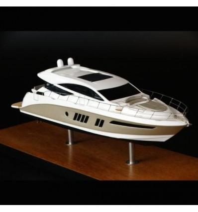 Sea Ray 650 Express desk model