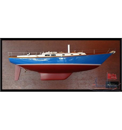 Hinckley Sou'Wester 42 half model with deck details