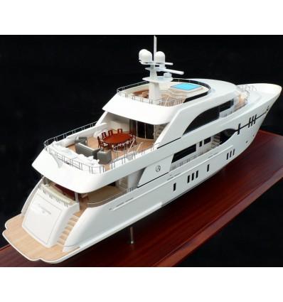Ocean Alexander Megayacht 120 Model by Abordage