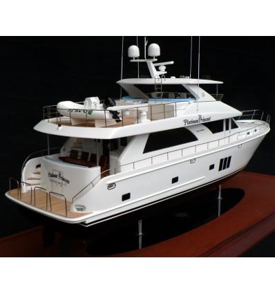 Ocean Alexander 74 model built by Abordage