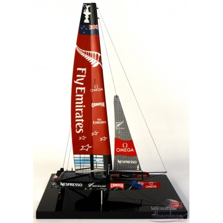 Emirates Team New Zealand desk model by Abordage