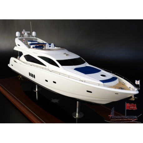 SUNSEEKER 82 MODEL by ABORDAGE