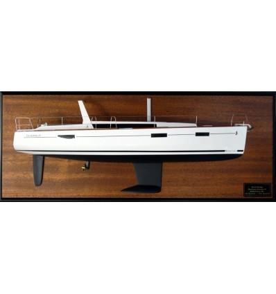 Beneteau Oceanis 41 half model with deck details by Abordage