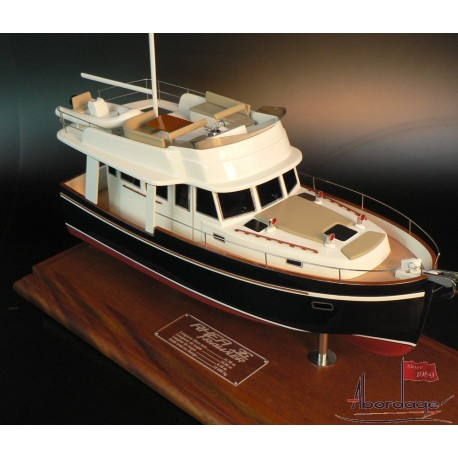 Rhea Trawler 36 model by Abordage