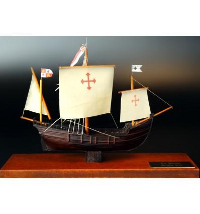 La Pinta desk model by Abordage