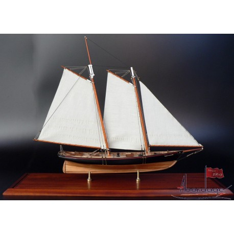 America SMA-01 ship model by Abordage