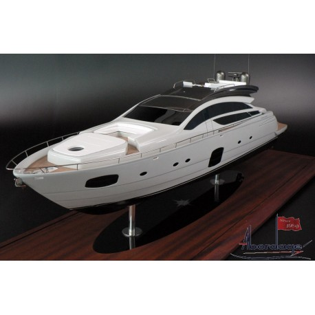 PERSHING 82 custom model built by Abordage