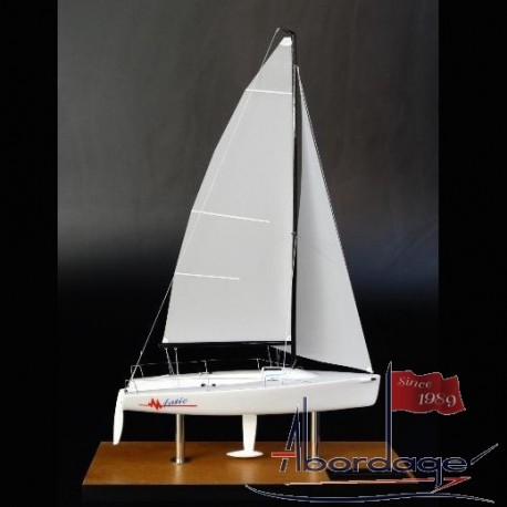 Melges 24 desk model