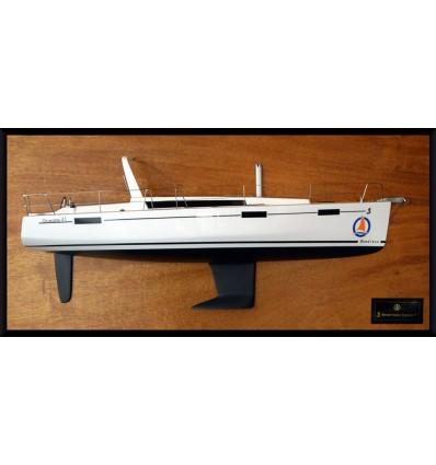 Beneteau Oceanis 41 half model with deck details