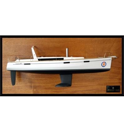 Beneteau Oceanis 45 half model with deck details