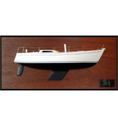 COLUMBIA 34 MK II half model with deck details