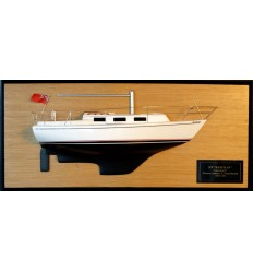 Columbia 8.7 mts half model with deck details