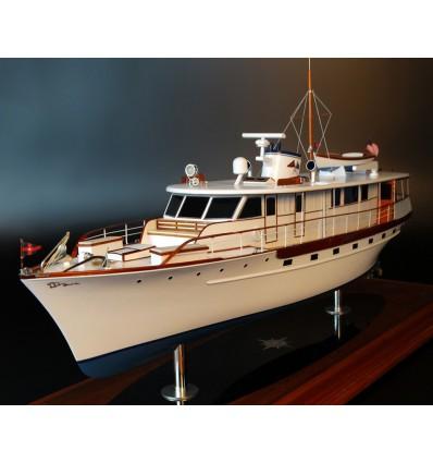 Trumpy 70 custom model