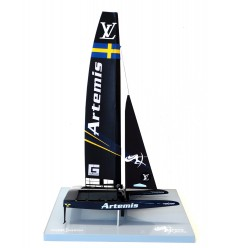 Artemis Racing - Catamaran AC 50 - desk model