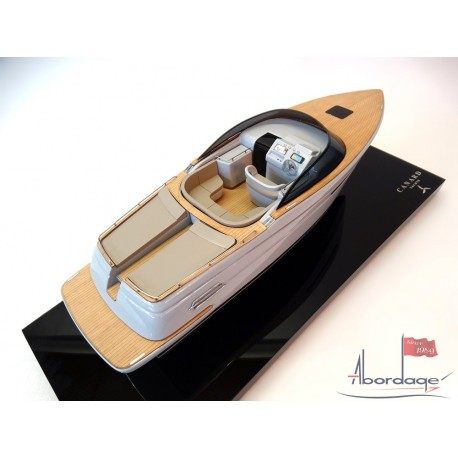 E-Motion Motor Yacht 36 from Canard Yachts custom model