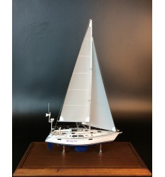 Hunter Legend 37.5 custom sailboat