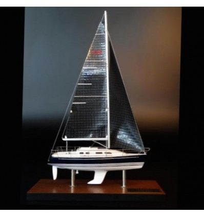 X Yachts X-332 desk model