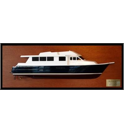 Hatteras 80 Sport Deck half model