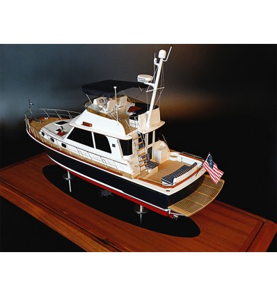 Grand Banks Eastbay 46 Flybridge custom model