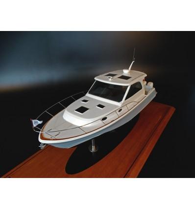 Hinckley 40X custom model
