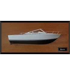 Bertram Moppie 28 half model with deck details