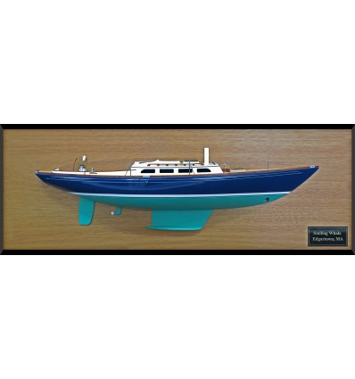 Morris 42 custom half model with deck details