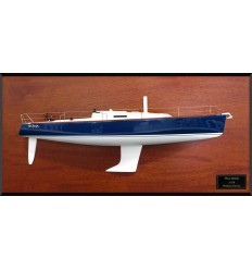 J124 half model with deck details