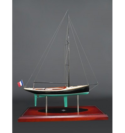 Rosewest Cape Cod 9 mt, varnished wood version, Custom Model