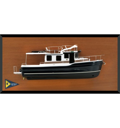 Ranger Tug R-31 CB custom half model with deck details