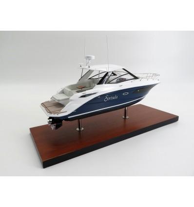Sea Ray 320 Sundancer 2020 custom desk model