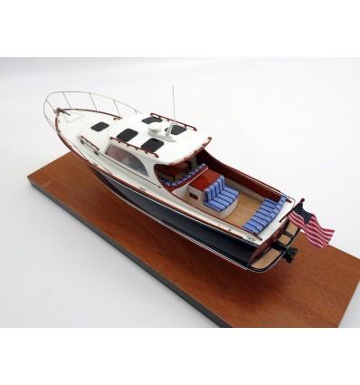 Hinckley PicNic 36 custom desk model
