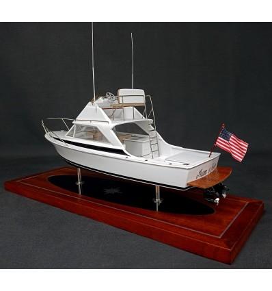 Bertram 26 Flybridge custom desk model