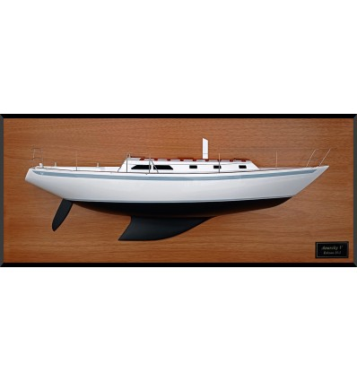 Ericson 35 MKII custom half model with deck details