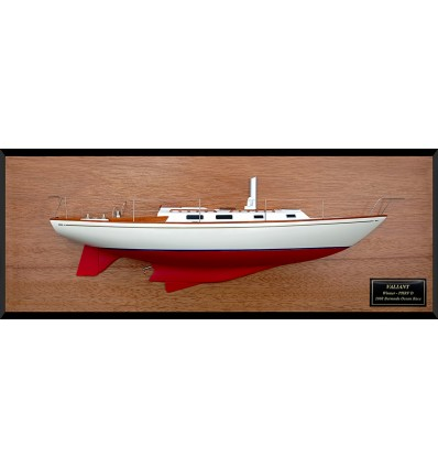 Tartan 34C Custom model with deck details