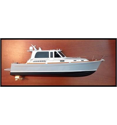 Sabre 42 Salon Express 46 custom model with deck details