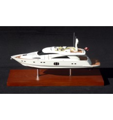 Fairline Squadron 78 Desk Model