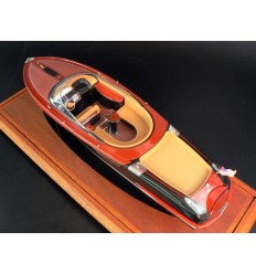 Riva Aquariva 2000 ship model
