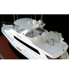 "Hatteras 75 ""Leisure Lee"""