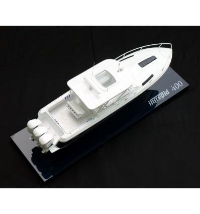 Intrepid 400 Cuddy Model by Abordage