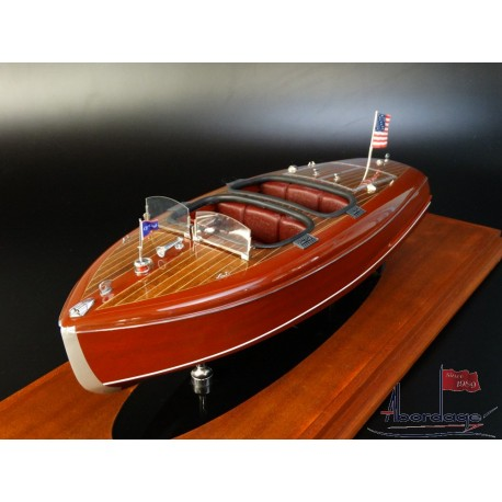 Chris Craft Barrel Back 1940 model by Abordage