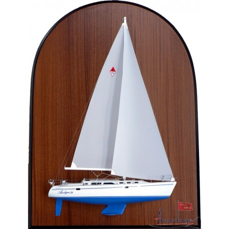 "Catalina 400 ""Aneligue"". Model built by Abordage"