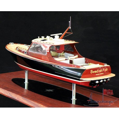 Hinckley Talaria 40. Model built by Abordage