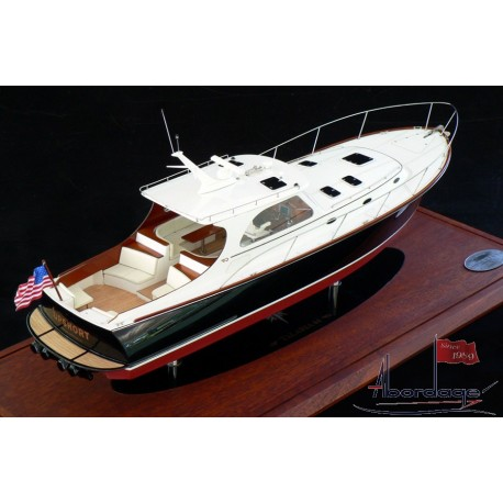 Hinckley Talaria 44 MK II. Model built by Abordage
